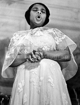 Marian Anderson (photo by Alfred Eisenstaedt )